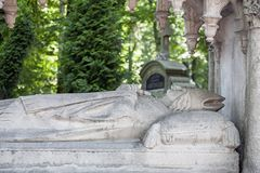 Monumento do arcebispo Samuel Cyryl Stefanowicz no cemitério de Lychakivskyj em Lviv, Ucrânia Imagens de Stock