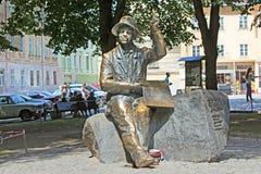 Monumento do pintor ingênuo Nikifor Epifaniusz Drowniak, Lviv, Ucrânia Imagem de Stock Royalty Free