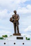 Monumento do rei Chulalongkorn o grande & o x28; Rama V& x29; de Tailândia no parque de Rajabhakti Fotografia de Stock