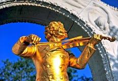 Monumento dorato di Strauss Fotografie Stock Libere da Diritti