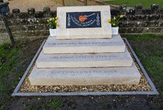 Monumento a Eddie Cochrane en Chippenham imagen de archivo libre de regalías