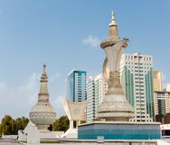 Monumento em Abu Dhabi foto de stock royalty free