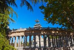Monumento en el parque - Madrid España Imagen de archivo