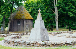 Monumento en Kernave fotografía de archivo libre de regalías