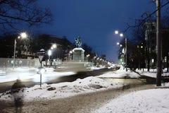 Monumento en la noche Fotos de archivo libres de regalías