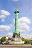 Monumento en Place de la Bastille Imagenes de archivo