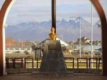 Monumento en Ushuaia, la Argentina Imagen de archivo libre de regalías