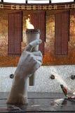 Monumento eterno de la llama en la colina de Mamayev, Stalingrad Imagenes de archivo