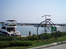 Monumento forjado de la bicicleta Fotos de archivo