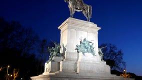 Monumento a Garibaldi noche Plaza Garibaldi, R almacen de metraje de vídeo