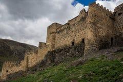 Monumento georgiano histórico de las ruinas de la fortaleza de Khertvisi fotografía de archivo libre de regalías