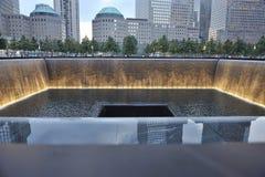 Monumento infinito de la piscina del 11 de septiembre Imágenes de archivo libres de regalías