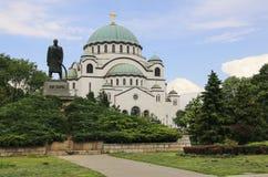 Monumento Karageorge di commemorazione Petrovitch davanti alla cattedrale del san Sava a Belgrado, Serbia fotografia stock libera da diritti
