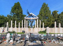 Monumento a las víctimas del empleo alemán en Budapest Fotografía de archivo libre de regalías