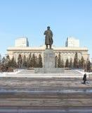Monumento a Lenin en cuadrado de la revolución krasnoyarsk Imagen de archivo libre de regalías