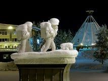 Monumento a los colonos en Lycksele, Suecia fotos de archivo libres de regalías