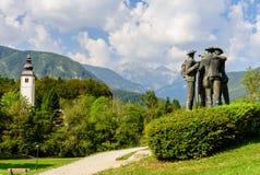 Monumento a los conquistadores de Triglav imagen de archivo