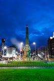 Monumento a los héroes de la sala de máquinas del titánico por noche Foto de archivo
