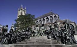 Monumento a los hermanos enero y Hubert van Eyck imagenes de archivo