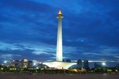 Monumento nacional bajo el cielo azul imágenes de archivo libres de regalías