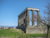 Monumento nacional de Escocia adentro en Edimburgo fotos de archivo