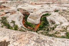 Monumento nacional de los puentes naturales, Utah, los E Foto de archivo libre de regalías