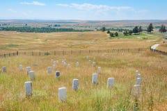 Monumento nacional do campo de batalha do Little Bighorn, MONTANA, EUA - 18 de julho de 2017: Pedras do marcador da cavalaria no  Fotografia de Stock