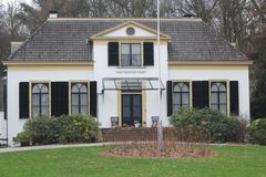 Monumento nacional o gabinete pequeno em Apeldoorn, Países Baixos Foto de Stock Royalty Free