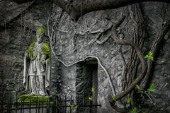 Monumento overgrown, Viena, Austria imagen de archivo