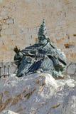 Monumento a Papa Luna, fuori del castello di Peniscola Fotografie Stock Libere da Diritti