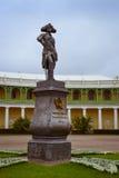 Monumento a Paul mim no quadrado no palácio de Pavlovsk Imagem de Stock Royalty Free