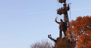 Monumento Peter il primo da Zurab Tsereteli video d archivio
