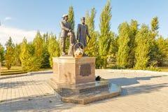 Monumento a Peter Rychkov y a Alexei Uglitsky Solenoide-Iletsk Foto de archivo