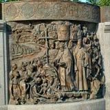 Monumento a príncipe Vladimir del santo imagenes de archivo