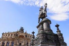 Monumento a re John prima della costruzione di opera di Semperoper a Dresda Fotografie Stock Libere da Diritti