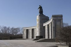 Monumento russo di guerra a Berlino immagine stock libera da diritti