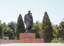 Monumento Sadriddin Aini Dushanbe, Tajikistan Fotografia de Stock Royalty Free