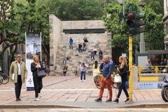 Monumento a Sandro Pertini en Mil?n fotografía de archivo