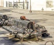 Monumento storico di visita della gente nel quartiere francese Fotografia Stock Libera da Diritti