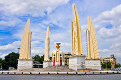 Monumento Tailandia de la democracia de Bangkok Imagen de archivo libre de regalías