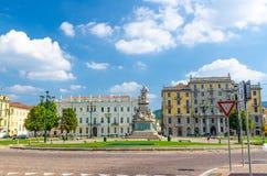 Monumento uma estátua Piedmont de di Cavour do conte de Camillo Benso, Itália imagem de stock