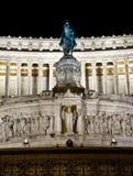 Monumento a Vittorio Emanuele II alla notte, Roma esso Fotografie Stock