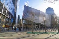Monumento y museo nacionales del 11 de septiembre en el punto cero Manhattan MANHATTAN - NUEVA YORK - 1 de abril de 2017 Imágenes de archivo libres de regalías