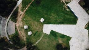 Monumento y parque en el Nis, Serbia de Bubanj almacen de metraje de vídeo
