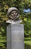 Monumento a Yuri Gagarin em Varna bulgária fotografia de stock