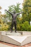 Monumento a Yuri Gagarin en la ciudad rusa de Kaluga Foto de archivo libre de regalías