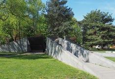 Monumentoalla Resistenza Europea (het Europese gedenkteken van de Weerstandsoorlog) in Como Stock Foto