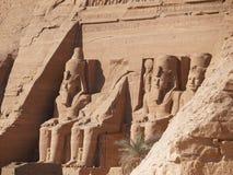 Monumentos Abu Simbel imagenes de archivo