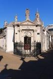 Monumentos velhos no cemitério de Recoleta Imagem de Stock Royalty Free