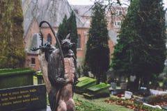Monuments et tombes de cimetière à Gand, Belgique Photos stock